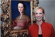Author photo. Janet Cox-Rearick with a portrait of Duchess Eleonora di Toledo by Agnolo Bronzino