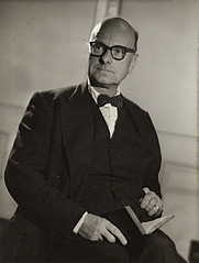 Author photo. Stewart Perowne [credit: Howard Coster/National Portrait Gallery, London]