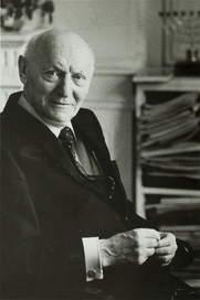 Author photo. Courtesy of the <a href=&quot;http://digitalgallery.nypl.org/nypldigital/id?TH-51230&quot;>NYPL Digital Gallery</a> (image use requires permission from the New York Public Library)