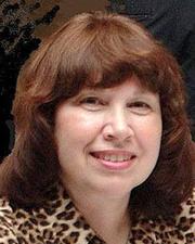 Author photo. Ellen Gunderson Traylor