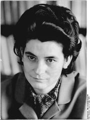 Author photo. Christa Wolf, 1963. Foto von Irene Eckleben. (Deutsches Bundesarchiv Bild 183-B0509-0010-006)