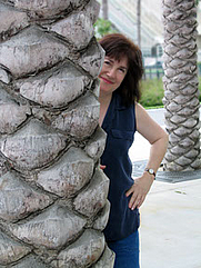 Author photo. Author Susan Perry from Humanist Press