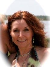 Author photo. Courtesy of Maggie Shayne.