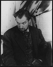 """Author photo. Vincent Price on Broadway as Mr. Manningham in """"Angel Street"""", photographed by Carl Van Vechten, Nov. 11, 1942. (Library of Congess Prints and Photographs Division, Digital ID: van 5a52544)"""