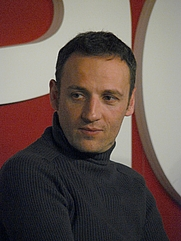 Author photo. By Siren-Com - Self-photographed, CC BY-SA 3.0, <a href=&quot;https://commons.wikimedia.org/w/index.php?curid=6344296&quot; rel=&quot;nofollow&quot; target=&quot;_top&quot;>https://commons.wikimedia.org/w/index.php?curid=6344296</a>