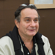 """Author photo. By Ji-Elle - Own work, CC BY-SA 3.0, <a href=""""https://commons.wikimedia.org/w/index.php?curid=16569508"""" rel=""""nofollow"""" target=""""_top"""">https://commons.wikimedia.org/w/index.php?curid=16569508</a>"""