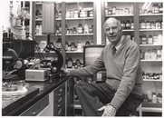 Author photo. Prof. John T. Bonner. Photo by Robert P. Matthews, 1991 (photo courtesy of Princeton University)
