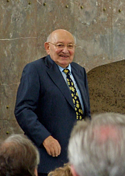 Author photo. Marcel Reich-Ranicki, Ludwig Börne Award Ceremony, Frankfurt am Main, 2007. Photo by user dontworry / Wikimedia Commons.