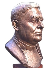 Author photo. Archbishop William Temple as sculpted by Victor Heyfron M.A., 1999. Photo by user Rodin777 / Wikimedia Commons