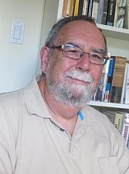 Author photo. (Literary Tourist)