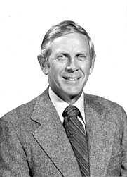 Author photo. Dwight Crandell [credit: USGS]