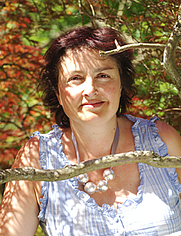 Author photo. Moira Butterfield
