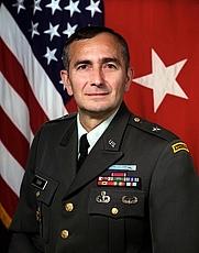 Author photo. U.S. Army photo by Scott Davis (defenseimagery.mil)
