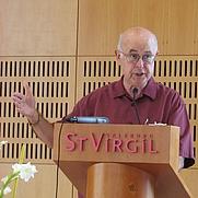 Author photo. Photo by user Gakuro / Wikimedia Commons