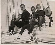 Author photo. Sailor/Author Sterling Hayden, 1959 With his children on the way to the South Pacific Islands.