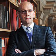 Author photo. From Brad Meltzer's website.