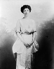 Author photo. 1912 photograph <br>(LoC Prints and Photographs Division,<br> LC-USZ62-101761)
