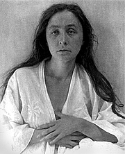 Author photo. Photo portrait of Georgia O'Keeffe by Alfred Stieglitz, 1918  <BR>(with Photoshop corrections by Steve Hopson) - Wikipedia