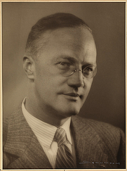 Author photo. Sigurd Hoel (1950)