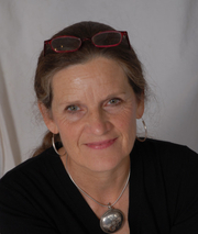 Author photo. loispeterson.com