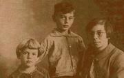 Author photo. Семья ван эт Реве около 1929 года
