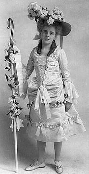 Author photo. Credit: Frances Benjamin Johnston, 1903 (Frances Benjamin Johnston Collection, LoC Prints and Photographs, LC-USZ62-47081)