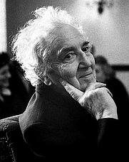 Author photo. <a href=&quot;http://en.wikipedia.org/wiki/Robert_Graves&quot; rel=&quot;nofollow&quot; target=&quot;_top&quot;>http://en.wikipedia.org/wiki/Robert_Graves</a>