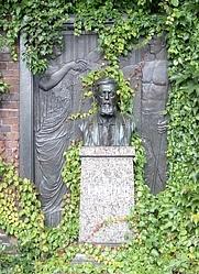 Author photo. Grave of Wilhelm Liebknecht,<br> Zentralfriedhof Friedrichsfelde, Berlin, Germany<br> (Credit: SpreeTom (Wikipedia user)., 2006)