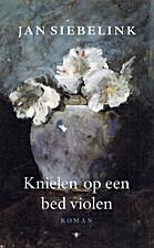 Knielen op een bed violen by Jan Siebelink