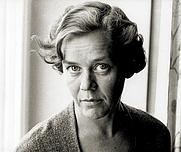 Author photo. Ulla Isaksson foto: Albert Bpnniers Förlag AB