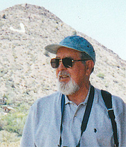Author photo. By Utilizer - Own work, CC BY-SA 4.0, <a href=&quot;https://commons.wikimedia.org/w/index.php?curid=41473362&quot; rel=&quot;nofollow&quot; target=&quot;_top&quot;>https://commons.wikimedia.org/w/index.php?curid=41473362</a>