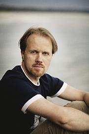 Author photo. Kuva: Otava/Ville Juurikkala