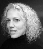 """Author photo. Fiona Dunscombe, author of """"The Triple Point of Water"""""""