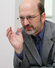 Author photo. http://www.mm-gi.de/htdocs/mathematikum/index.php?id=562&type=4&L=0