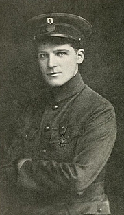 Author photo. Image from <b><i>Ambulance no. 10 : personal letters from the front</i></b> (1916) by Leslie Buswell