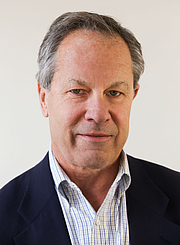 """Author photo. By Bill Brett - Email from photographer, CC BY-SA 3.0, <a href=""""https://commons.wikimedia.org/w/index.php?curid=44001917"""" rel=""""nofollow"""" target=""""_top"""">https://commons.wikimedia.org/w/index.php?curid=44001917</a>"""