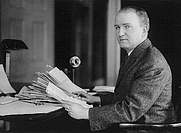 Author photo. Photo copyrighted by Clinedinst, 1913 (Library of Congress Prints and Photographs Division, LC-USZ62-70149)