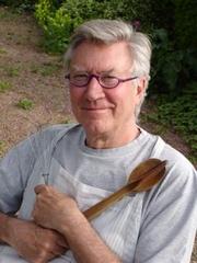 Author photo. wikimedia.org/intuative1
