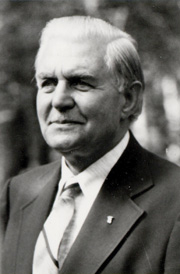 Author photo. Photo courtesy of <a href=&quot;http://torchbearers.gospelcom.net/&quot;>Torchbearers International</a>. <BR><B>Major W. Ian Thomas</B> - Founder of the Capernwray Missionary Fellowship of Torchbearers