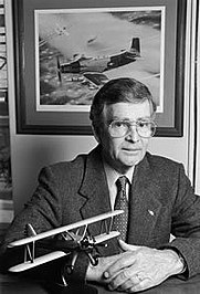 Author photo. William M. Leary [credit: University of Texas at Dallas]