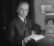 Author photo. By Harris &amp; Ewing - This image is available from the United States Library of Congress's Prints and Photographs division under the digital ID hec.36172. Public Domain, <a href=&quot;https://commons.wikimedia.org/w/index.php?curid=36389912&quot; rel=&quot;nofollow&quot; target=&quot;_top&quot;>https://commons.wikimedia.org/w/index.php?curid=36389912</a>