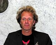 "Author photo. Wikipedia Commons user <a href=""http://commons.wikimedia.org/wiki/User:Tsemii"">Teemu Rajala</a>"