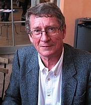 Author photo. André Brink at The International Forum on the Novel, Lyon, France.  Photo by Seamus Kearney / Wikimedia Commons.