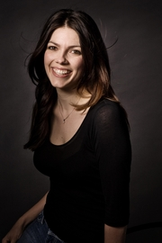 Author photo. Kate Morton - Photo by Richard Whitfield