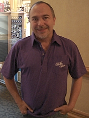 Author photo. Alan De Smet (Source: Wikipedia)