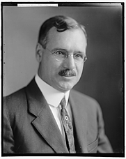 Author photo. Library of Congress Prints and Photographs Division, Harris & Ewing Collection  (REPRODUCTION NUMBER:  LC-DIG-hec-20269)