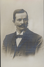 Author photo. Photographer unknown.  From the <a href=&quot;http://photography.si.edu/SearchImage.aspx?t=5&id=3532&q=SIL14-D5-01&quot;>Smithsonian Institution, Dibner Library of the History of Science and Technology</a>.