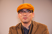 Author photo. Autograph session with Tensai Okamura at Chibi Japan Expo 2007 (Paris, France) (Photo by Georges Seguin)