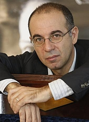 Author photo. <a href=&quot;http://it.wikipedia.org/wiki/Giuseppe_Tornatore&quot; rel=&quot;nofollow&quot; target=&quot;_top&quot;>http://it.wikipedia.org/wiki/Giuseppe_Tornatore</a>