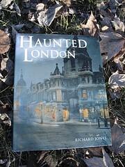 Haunted London by Richard Jones (2004-05-03)…